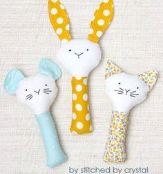 ❤ Puha plüss babacsörgő szabásminta (nyuszi,cica,egér) ❤Mindy - kreatív ötletek és dekorációk minden napra