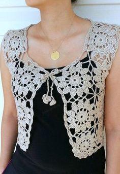 Granny Square Beige Vest, Crochet Sweater, Lace To Pull Crochet, Gilet Crochet, Crochet Blouse, Crochet Lace, Crochet Shrugs, Crochet Vests, Crochet Sweaters, Crochet Bodycon Dresses, Black Crochet Dress