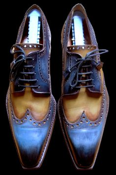 MeWING TIP ! TRY WEARING THEM WITH NARROW CARMEL COLOR CASHMERE FLAT FRONT PANTS TOP STITCHED IN NAVY !
