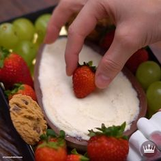 Easy Cake Recipes, Snack Recipes, Dessert Recipes, Yummy Drinks, Yummy Food, Vegan Meal Prep, Vegan Thanksgiving, Fondue, Vegan Kitchen