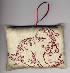 Love this little cat for embroidery