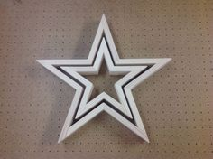 Jaime from That's My Letter build this awesome Pottery Barn knock off wooden star and I'm happy to present the step-by-step DIY plans to go with it.