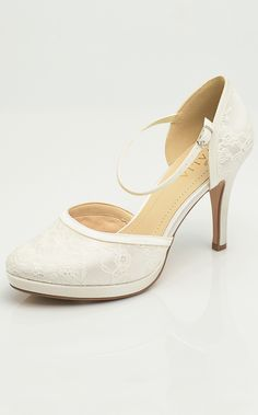 4fe364a250 31 Best bridal shoes images in 2017 | Bridal Shoes, Shoes, Footwear