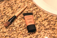 Smashbox primer, Photo Finish Luminizing.     Apply after moisturizing by taking a small amount on your hand and blending on your face using a foundation brush/your hands. I use my primer before foundation and after moisturizing.