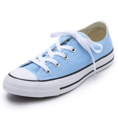 Converse Chuck Taylor All Stars ($54) ❤ liked on Polyvore featuring shoes, sneakers, converse, sapatos, blue sky, converse trainers, lace up sneakers, converse sneakers, blue sneakers and star sneakers