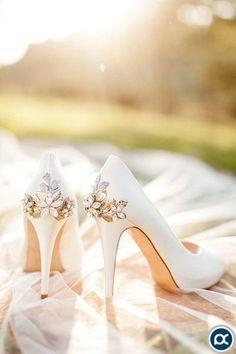 Vintage Inspired Wedding Heels shoes boda News Wedding Boots, Wedding Heels, Vintage Wedding Shoes, Vintage Heels, Ivory Wedding, Boho Wedding, Floral Wedding, Wedding Ceremony, Wedding Flowers