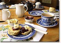 Google Image Result for http://3.bp.blogspot.com/_-qqrsyrCwXk/S8NYe37u2BI/AAAAAAAAKKM/SJzF-fi930k/s400/cream-tea_penshurst%255B1%255D.jpg    Cream Tea