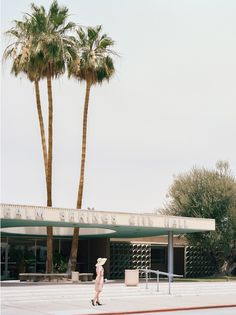 Palm Springs City Hall (1952) - Albert Frey