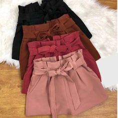 Simple Summer to Spring Outfits to Try in 2019 – Prettyinso Cute Summer Outfits, Spring Outfits, Trendy Outfits, Cute Outfits, Fashion Outfits, Womens Fashion, Fashion Shirts, Fashion Moda, Vetement Fashion