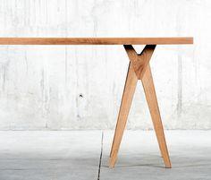 QoWood Yoy Table