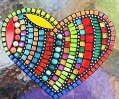 Custom mosaic heart by Tina @ Wise Crackin' Mosaics Mosaic Crafts, Mosaic Projects, Mosaic Art, Mosaic Glass, Mosaic Tiles, Glass Art, Art Projects, Stained Glass, Mosaics