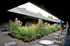 URBAN OASIS | Peter Zumthor and Piet Oudolf's Zen-like 2011 Serpentine Gallery Pavilion: