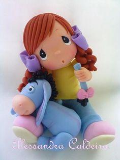 Little girls & Eyeore, Winnie the Pooh, fondant Alessandra Caldeira