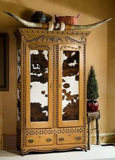 Western Furniture: 1350 to the Present Day – Exposition Best Picture For white Western Decor For Your Taste You Cowhide Furniture, Western Furniture, Rustic Furniture, Cowhide Decor, Cabin Furniture, Furniture Design, Pine Furniture, Furniture Plans, Southwestern Decorating