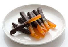 Chocolate Orangettes from A to Z: Chocolate Orangettes from A to Z Recipe – Marmiton Candied Fruit, French Press Coffee Maker, Cold Brew Coffee Maker, Yummy Food, Tasty, Food Videos, Sweet Recipes, Biscuits, Sweet Treats
