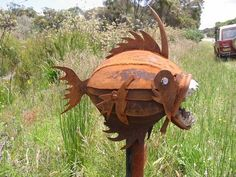 There are some important parts you should consider well especially for front home area, it will be very good to have unique mailboxes in your home. Diy Mailbox, Mailbox Post, Mailbox Ideas, Mailbox Makeover, Funny Mailboxes, Unique Mailboxes, Metal Fish, Knobs And Knockers, Beach Design