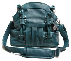 Teal Lola Camera Bag by Epiphanie // http://www.squidoo.com/camera-bags-for-women // #epiphaniebags #photography #dslr #camerabag #camerabags