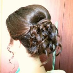 A lovely bridal curly updo!! ❤