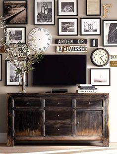 Some still call it the den, others call it the TV room or the family room.  Photo: Dio Home Improvements Nobody wants to play a game of charades if you have to wrestle with in-the-way furniture first.