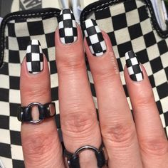 Black and white checkered vans nails nail art