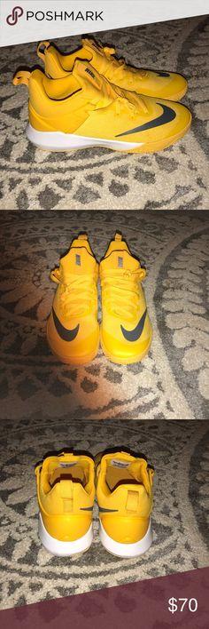 2d88ad3045 Nike Zoom Shift Basketball Shoes Zoom past your defenders with the Nike Zoom  Shift basketball shoe