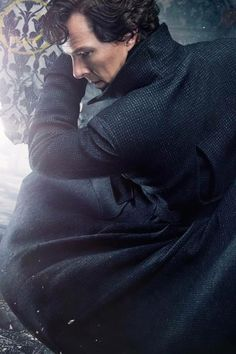 Sherlock - New Season 4 Promo still  Ashejqjekkdkqka He's so attractive I'm crying
