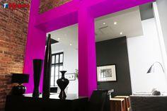 Magenta: Este color tiene una cualidad cálidamente afectiva. Son recomendables para zonas de entrada, así se les da a los invitados o a ti mismo una cálida bienvenida.