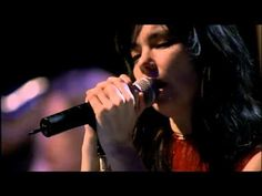 Pagan Poetry-bjork-live at the riverside church  One of my favourite live performances of all time.  Still gives me the goosebumps,chills,and pulls tears at the power.  http://youtu.be/Qp-Jmos10dg