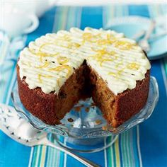 Paul Hollywood's ultimate carrot cake re. - Paul Hollywood's ultimate carrot cake Recipe Ultimate Carrot Cake Recipe, Homemade Carrot Cake, Easy Carrot Cake, Mary Berry Carrot Cake, British Bake Off Recipes, Great British Bake Off, Cake Recipes Uk, Baking Recipes, Food Cakes