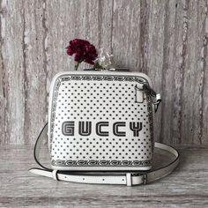 Gucci White/Gold Printed Guccy Crossbody Bag - Spring 2018 Gucci Handbags Sale, Gold Print, Fashion Photo, Crossbody Bag, White Gold, Printed, Spring, Prints, Shoulder Bag