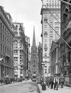 Lower Manhattan circa 1903. Wall Street and Trinity Church, New York.