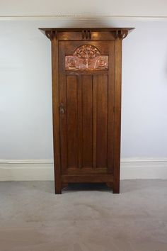 Arts And Crafts Oak Wardrobe By Shapland & Petter - Antiques Atlas