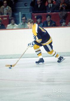 Bobby Orr Bruins Hockey, Hockey Players, Ice Hockey, Bobby Orr, Boston Sports, Nfl Fans, Hockey Cards, National Hockey League, Boston Bruins