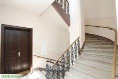 Elegant sanierte Eigentumswohnungen in 1090 Wien bei IMMOfair Stairs, Elegant, Home Decor, Condominium, Real Estates, Homes, Classy, Stairway, Decoration Home