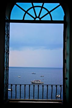 A room with a view in Positano