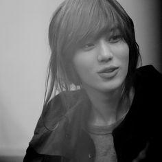 Taemin (태민) of SHINee.  I miss his long hair :(
