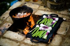 Glamping guilden_gate fire pit feast Flickr - Photo Sharing! Bell Tent Glamping, Gate, Vegetables, Food, Meal, Essen, Vegetable Recipes, Hoods, Meals