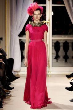 Giambattista Valli | Spring 2012 Couture Collection | Vogue Runway