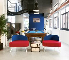 A Creative Office Space for a Creative Company. In digital post-production company in Milan, modular flexible and innovative furniture system. #creativity #office #Blog_Sesta