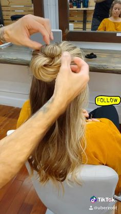 Easy Hairstyles For Long Hair, Up Hairstyles, Office Hairstyles, Stylish Hairstyles, Hairstyle Short, Hair Updo, Hairdos, Updos, Wedding Hairstyles