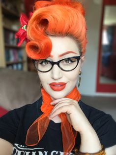 Health Hair Care Advice To Help You With Your Hair. Do you feel like you have had way too many days where your hair goes bad? Rockabilly Looks, Rockabilly Hair, Rockabilly Fashion, Retro Hairstyles, Hairstyles For Round Faces, Ear Hair Trimmer, Pin Up Hair, Brittle Hair, Hair Today