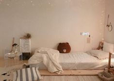 bedroom inspiration for decorating the main bedroom or dorm room