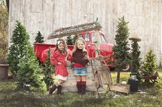 Christmas Mini Photo Session / Child & Family Photography / Prop Ideas / Holiday Card Idea