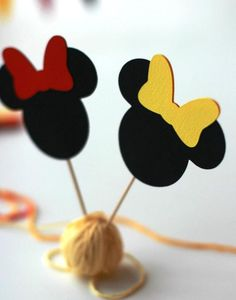 Minnie Mouse cupcake toppers first birthday decorations Minnie  cupcake labels sign Minnie party cupcake accessories Cupcake flags  decoration #catchmyparty #partyideas #minniemousecupcaketoppers #minniemousecupcakes #minniemouseparty