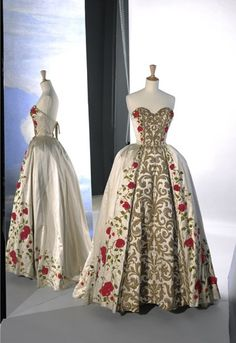 Pierre Balmain, 1954 but this skirt is EXACTLY what I was visualizing for Annorah's wedding dress.