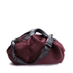 TRANSIENCE Gym bag - burgandy - angle - TT-054-94.jpg