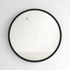 Bathroom Decorating – Home Decorating Ideas Kitchen and room Designs Round Wall Mirror, Black Mirror, Round Mirrors, Mirror Mirror, Diy Projects For Bedroom, Green Rooms, Paper Tape, Glass Table, Black Glass