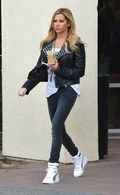 530e42c4f441 Loving how Ashley Tisdale styled her MY-66 Sneakers Outfit Casual