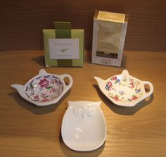 Susan Says: Tea anyone? Just in, these sweet little teabag holders - choose either the teapot or the owl. And to top it all off, Library Blend Tea by Murchie's or the gift sized Tea Forte rejuvenating tea. Tea Forte package has a place on the back where you can write a little message - tea + card in one. Brilliant!  Available at Best of Friends Gift Shop in the lobby of Winnipeg's Millennium Library. 204-947-0110 info@friendswpl.ca Teapot, Gifts For Friends, Pots, Messages, Canning, Tableware, Sweet, Shop, Cards