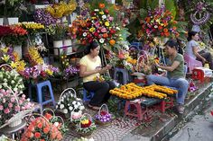 Selling flowers,Downtown Ho Chi Minh City , Vietnam | by ngchongkin